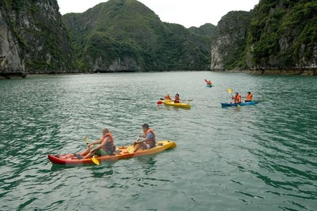 Des sites touristiques battent leur plein durant les jours feries hinh anh 1