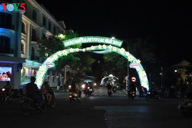 Hue-la ville festivaliere hinh anh 2