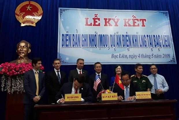 Signature d'un protocole d'accord sur un projet de GNL de 4 milliards de dollars a Bac Lieu hinh anh 1