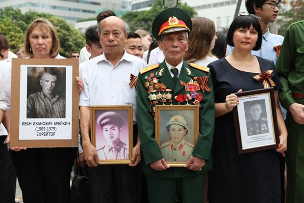 L'action «Regiment immortel», une demonstration de l'amitie Vietnam-Russie hinh anh 2