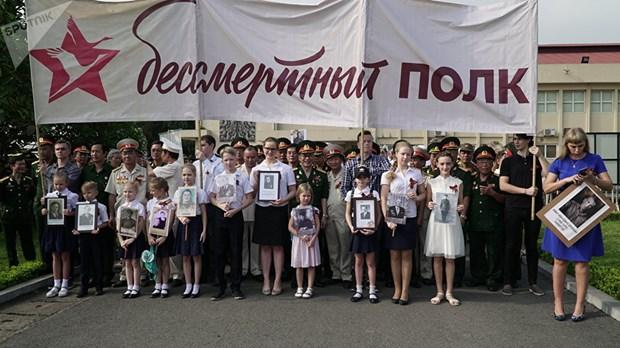 L'action «Regiment immortel», une demonstration de l'amitie Vietnam-Russie hinh anh 1