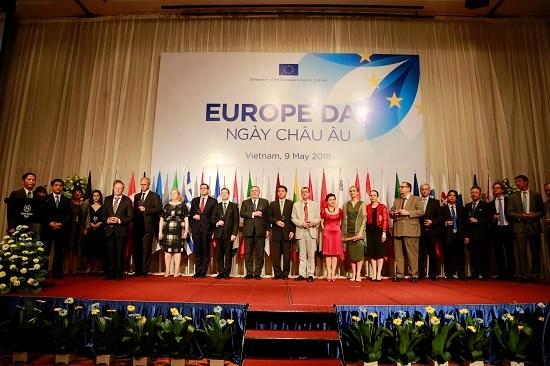 Le Vietnam, un pilier dans la strategie d'orientation vers l'Asie du Sud-Est de l'UE hinh anh 1