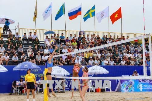 Ouverture du tournoi mondial de beach-volley feminin Tuan Chau-Ha Long 2018 hinh anh 1