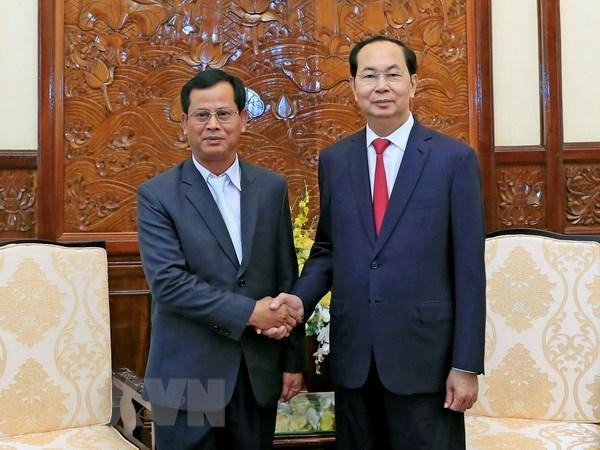 Le president Tran Dai Quang recoit le vice-ministre laotien de la Securite publique hinh anh 1