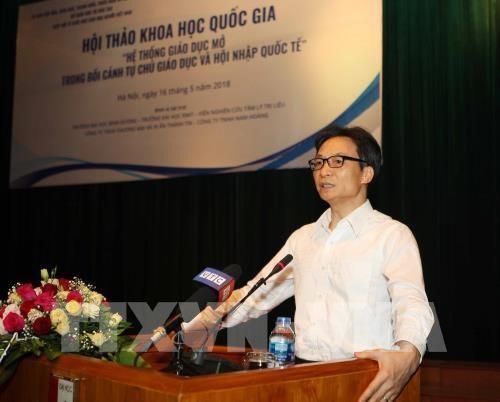 Le vice-Premier ministre Vu Duc Dam plaide pour une education ouverte hinh anh 1