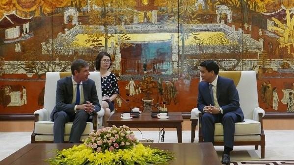 Le Royaume-Uni souhaite promouvoir une cooperation multiforme avec Hanoi hinh anh 1