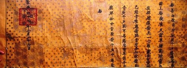 Decouverte d'un decret royal de promotion datant du 18e siecle hinh anh 1