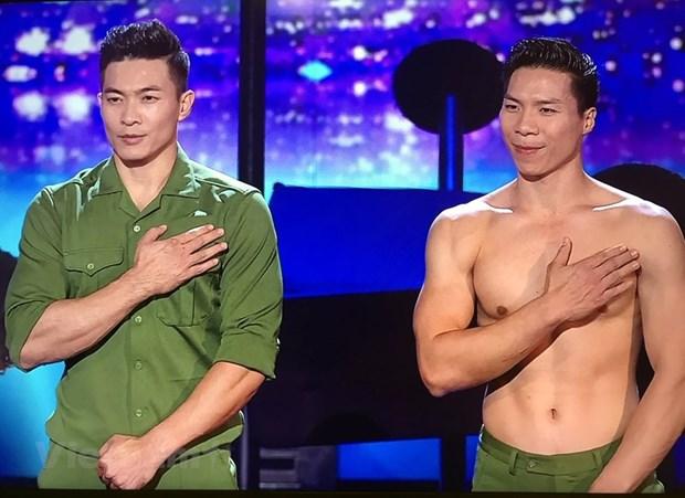 Cirque : deux freres artistes vietnamiens brillent a la finale de Britain's Got Talent hinh anh 1