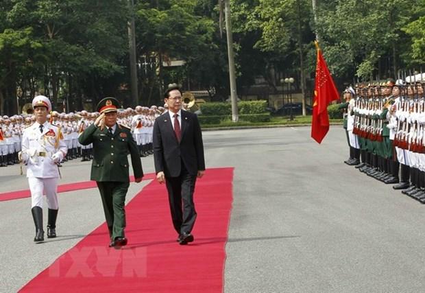 Le ministre sud-coreen de la Defense en visite officielle au Vietnam hinh anh 1