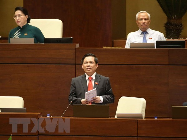 Interpellations des deputes: des ministres exposent clairement leur strategie hinh anh 1