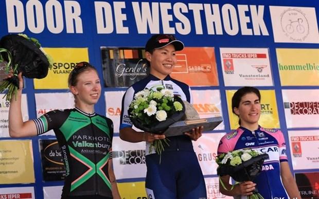 Cyclisme: Nguyen Thi That remporte la course cycliste en Belgique hinh anh 1