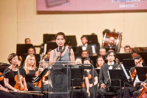 Concert en l'honneur des 45 ans des relations diplomatiques Vietnam – Italie hinh anh 2
