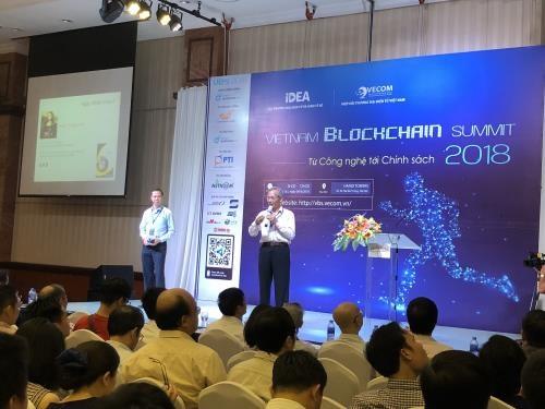 Ouverture du Sommet de la blockchain du Vietnam 2018 hinh anh 1