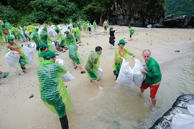 Agir pour une baie de Ha Long verte: vers un tourisme zero dechet hinh anh 1