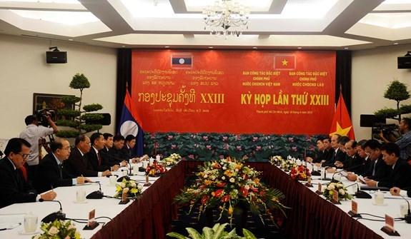 Renforcement de la recherche des restes des volontaires vietnamiens tombes au Laos hinh anh 1
