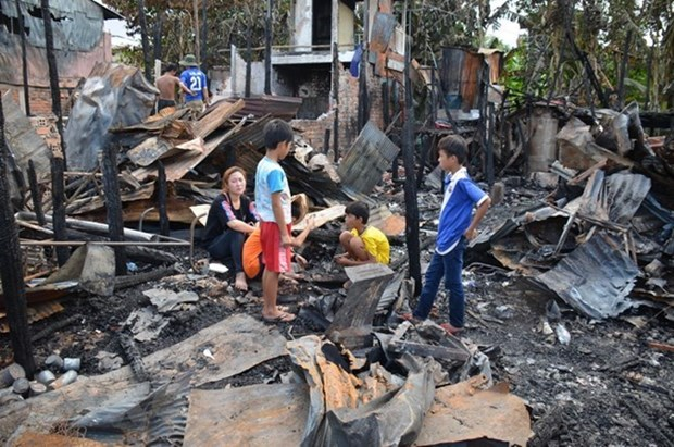 Soutien aux victimes de l'incendie a Phnom Penh (Cambodge) hinh anh 1