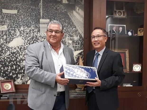 Le Parti communiste de Grece souhaite renforcer ses liens avec son homologue vietnamien hinh anh 1