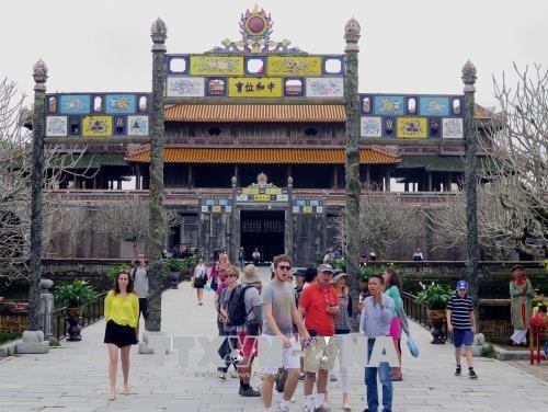 Thua Thien-Hue a accueilli 1,15 million de touristes etrangers en sept mois hinh anh 1