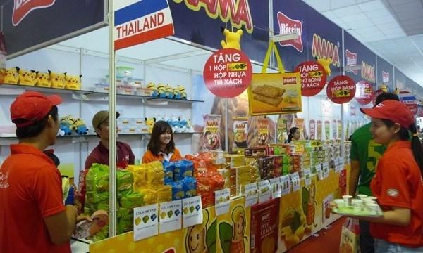 Vietnam et Thailande cherchent a porter leurs echanges commerciaux a 20 milliards d'USD hinh anh 1