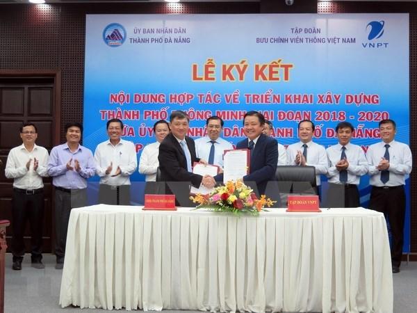 Da Nang coopere avec VNPT pour construire une ville intelligente hinh anh 1