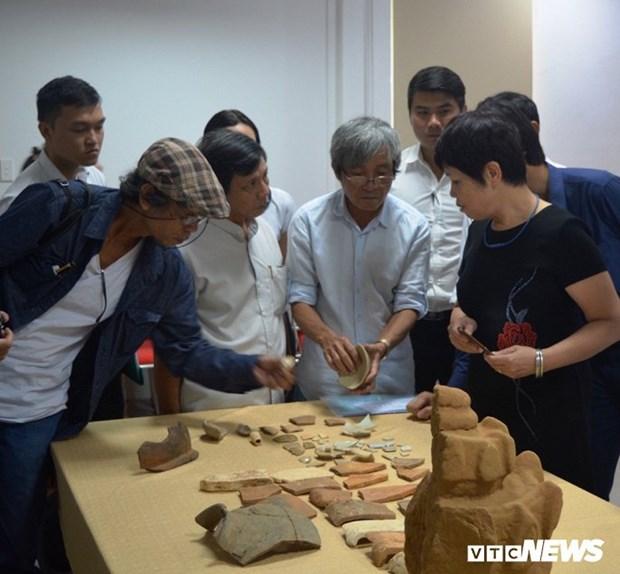Da Nang : de nombreux objets de valeur decouvert au site Cham Phong Le hinh anh 1