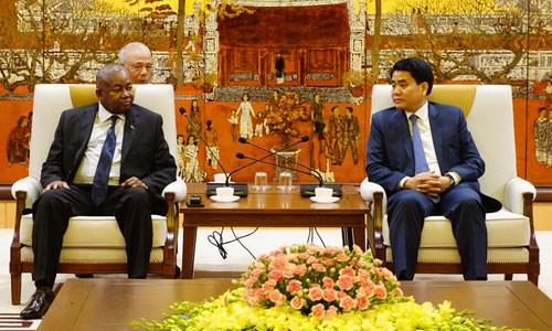 Intensification de la cooperation entre Hanoi et le Mozambique hinh anh 1