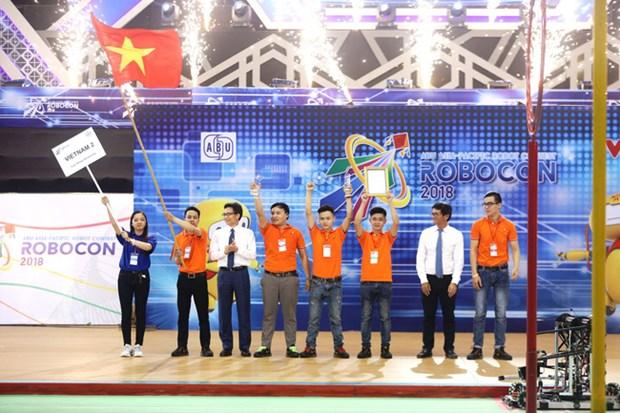 Le Vietnam, champion du concours ABU Robocon 2018 hinh anh 1