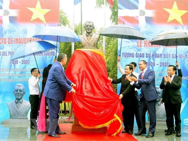 Inauguration du memorial du 1er president dominicain a Hanoi hinh anh 1