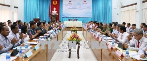 Vietnam-Cambodge : renforcer la cooperation entre les provinces d'An Giang et de Takeo hinh anh 1