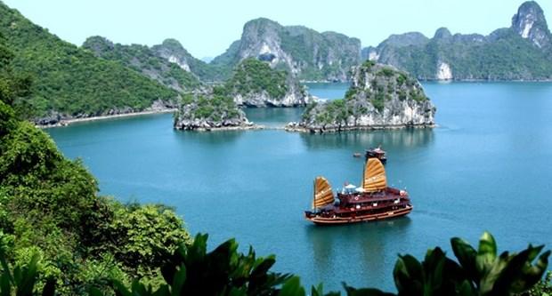 Quang Ninh accueille 10 millions de touristes de janvier a septembre hinh anh 1