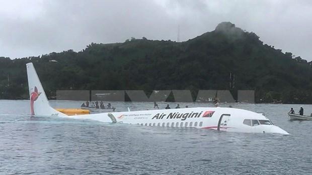 Des citoyens vietnamiens sains et saufs apres un accident d'avion en Micronesie hinh anh 1