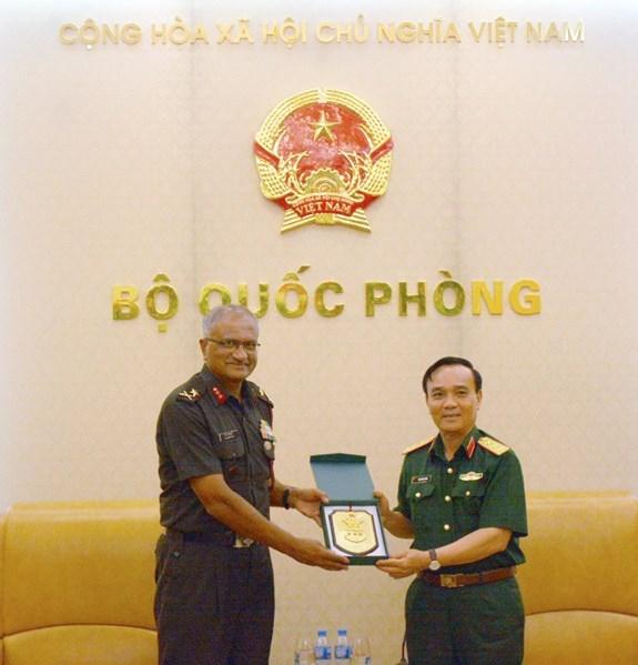 Le Vietnam et l'Inde approfondissent leurs relations dans la defense hinh anh 1