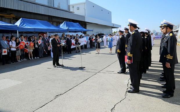 Le navire 015-Tran Hung Dao de la Marine populaire vietnamienne a Sakai au Japon hinh anh 1