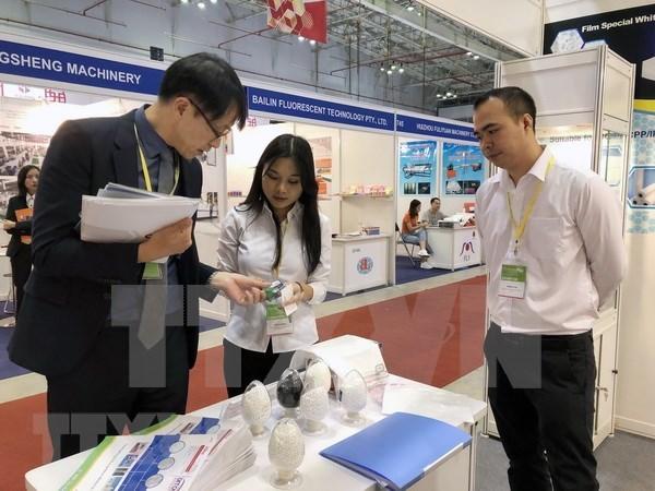 Plastique : plus de 520 entreprises participent a l'exposition VietnamPlas 2018 hinh anh 1