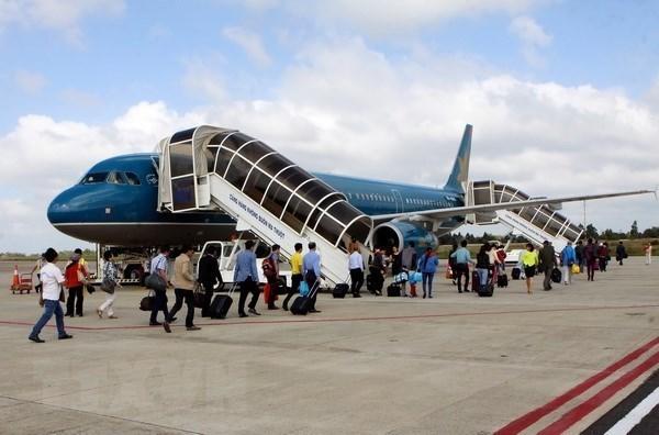 Les aeroports vietnamiens ont accueilli pres de 80 millions de passagers en neuf mois hinh anh 1