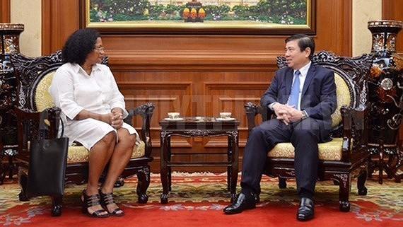 Cuba veut promouvoir la cooperation en matiere de sante avec Ho Chi Minh-Ville hinh anh 1