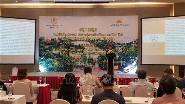 Des voyagistes de 11 pays europeens sondent les opportunites de cooperation avec Hanoi hinh anh 1