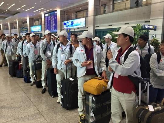 Plus de 102.000 Vietnamiens envoyes travailler a l'etranger en neuf mois hinh anh 1