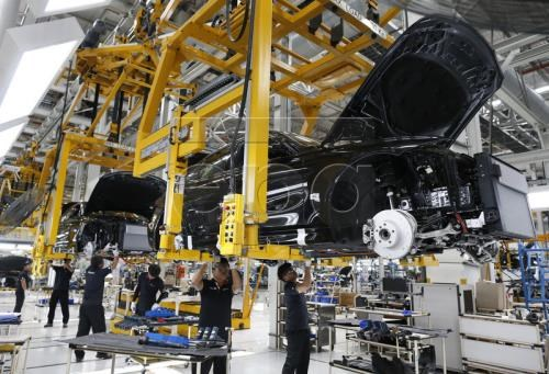 Premiere baisse en 19 mois des exportations thailandaises hinh anh 1