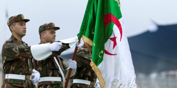 Felicitations a l'Algerie pour l'anniversaire du declenchement de la Revolution de Novembre hinh anh 1