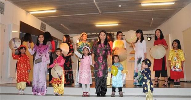 Journee de la famille vietnamienne a Bruxelles hinh anh 1