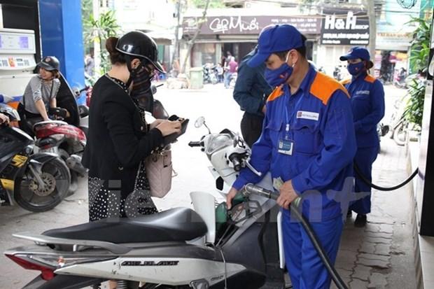Carburants : forte baisse des prix a la pompe hinh anh 1