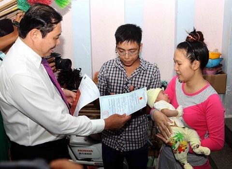 Da Nang lance son projet pilote de livraison d'acte de naissance a domicile hinh anh 1