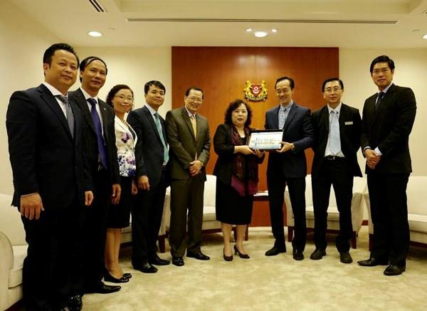 Dynamiser la cooperation Hanoi - Afrique du Sud - Singapour hinh anh 3