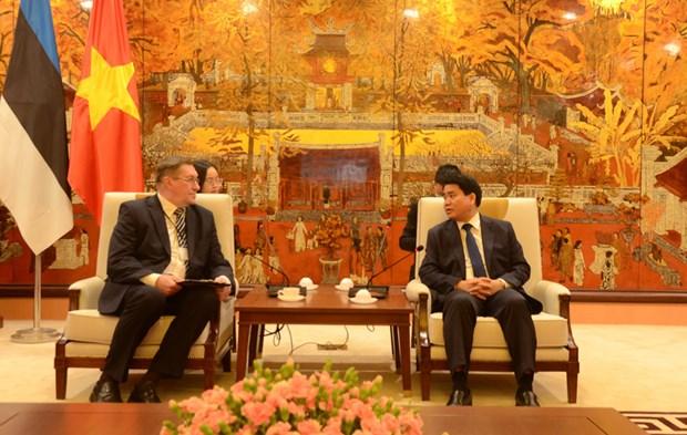 Hanoi veut cooperer avec l'Estonie pour construire une ville intelligente hinh anh 1
