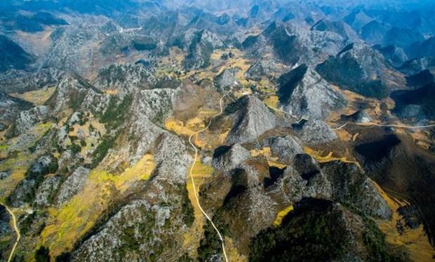 Le parc geologique du plateau calcaire de Dong Van, levier du developpement touristique a Ha Giang hinh anh 1