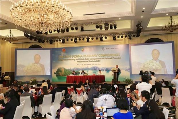 Des experts discutent des mesures pour garantir des finances nationales sures et durables hinh anh 1