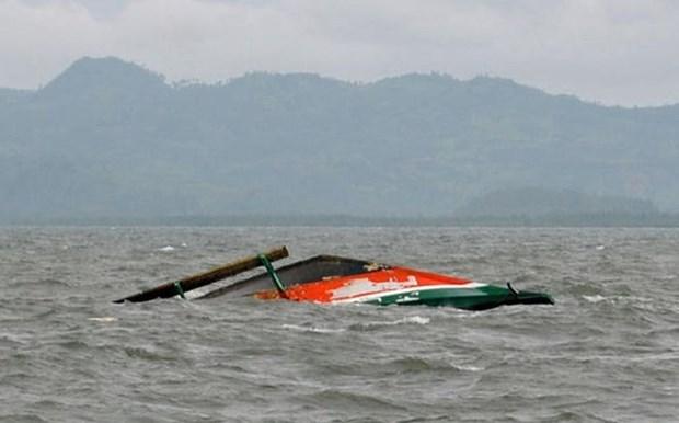 Indonesie: Un navire chavire, 2 morts et une dizaine de disparus hinh anh 1