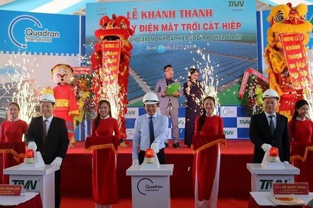 La premiere centrale solaire a Binh Dinh inauguree hinh anh 1