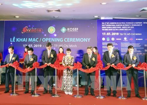 La Vietnam ETE 2019 et l'Enertec Expo 2019 a HCM-Ville hinh anh 1